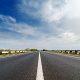 Road closeup under blue sky Royalty Free Stock Photography