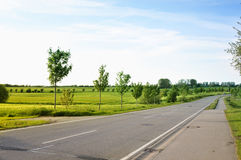 Road in countryside Royalty Free Stock Images