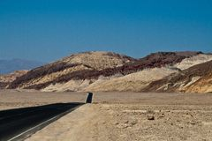 Road through Death Valley Royalty Free Stock Photos