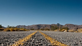 A road in the desert Royalty Free Stock Photos
