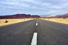 Road in the desert Royalty Free Stock Photos