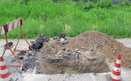 Road excavation for the laying of electrical cable Royalty Free Stock Photos