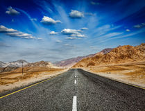 Road  in Himalayas with mountains Royalty Free Stock Images