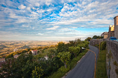 A road through Italian countryside Stock Photography