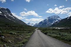 Road in Jotunheimen mountains royalty free stock images