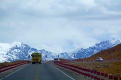 Road from Kashgar to Tashkurghan Royalty Free Stock Photos