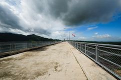 Road on Khun Dan Prakan Chol Dam Royalty Free Stock Photo