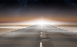 Road leading out to the horizon Royalty Free Stock Images