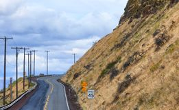 Road leading up a hill in Biggs Junction, Oregon Royalty Free Stock Images