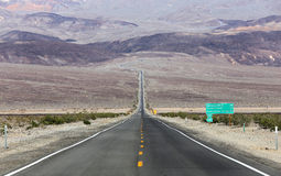 Road lines in death valley, california, usa Royalty Free Stock Photos