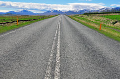 Road and mountains Royalty Free Stock Photos