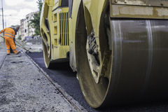 Road roller compacting Royalty Free Stock Photography