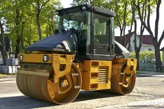 Road roller on a street Stock Photography