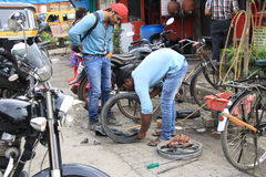 Road side puncture repair Royalty Free Stock Photos
