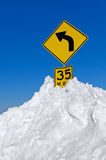Road Sign in Snow Royalty Free Stock Photos