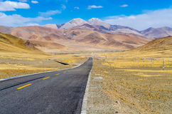 The road on the Tibetan Plateau Royalty Free Stock Photo