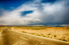 Road on tne plateau Royalty Free Stock Photo