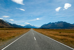The road to Aoraki / Mount Cook National Park Royalty Free Stock Photos