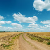 Road to cloudy horizon Royalty Free Stock Images
