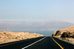 Road to dead sea Royalty Free Stock Photos