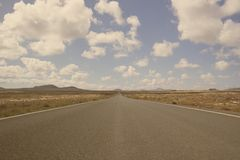 Road to desert Royalty Free Stock Photography