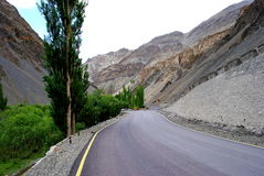 A road to Ladakh mountains Royalty Free Stock Images