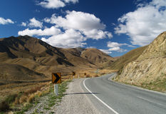 Road to Lindis Pass Royalty Free Stock Images