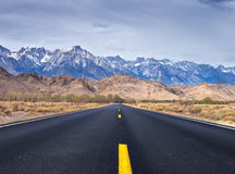 Road to Lone Pine Royalty Free Stock Photography