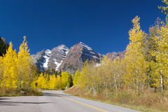 Road to Maroon Bells in Fall Royalty Free Stock Photos
