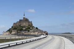 The road to Mont St Michel Royalty Free Stock Photos