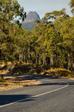 The road to mount Beerwah (Glasshouse Mountains). This picture shows mount Beerwah, a part of the Glasshouse Moutains near Brisbane (Queensland, Australia Stock Photos
