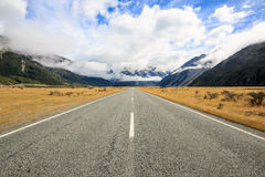 Road to Mount Cook under clouds Royalty Free Stock Photo
