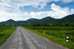 Road to the mountain Royalty Free Stock Photo