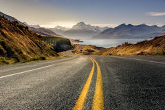 The road to mountain cook , New zealand Royalty Free Stock Images