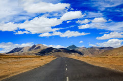 Road to the mountain, Leh, Ladakh, India Stock Photography