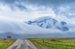 The road to the mountains, south Iceland Royalty Free Stock Images