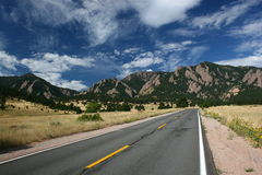 Road to Moutains. A highway up to the moutains in Colorodo, Bouder Royalty Free Stock Photo