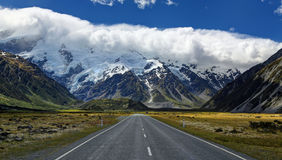 Road to Mt. Cook Village, New Zealand Royalty Free Stock Photography