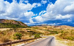 Free Road To The Doric Temple And Landscape Of Segesta, Sicily Island, Italy Royalty Free Stock Photography - 131480967