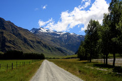 The road less travelled. The road to Mt Cook, New Zealand Stock Photo