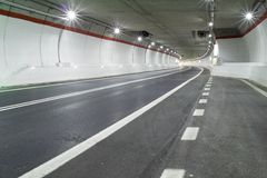 Free Road Tunnel Stock Photo - 38339750
