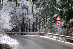 Road in winter Royalty Free Stock Images