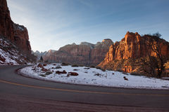 Road Through Zion Park Royalty Free Stock Photos