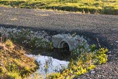 Roadbed zakrywa z asfaltową kruszką Zdjęcie Royalty Free