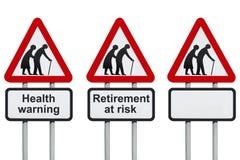 Roadsign da aposentadoria e da saúde Imagens de Stock