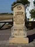 Roadsign på vägen av ` för Santiago för St James `-Jakobsweg ` eller `-Camino till Santiago de Compostela Arkivbilder