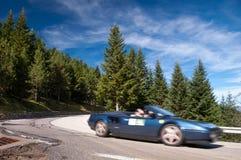 Roadstar italien sur la route N-260 sur des pirineos espagnols Photographie stock libre de droits