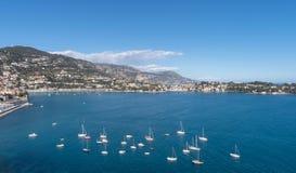 Roadstead von Villefranche-sur-Mer, französisches Riviera lizenzfreie stockfotografie
