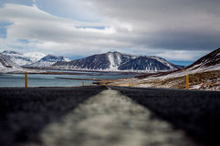 Roadtrippin i Island under vinter Royaltyfri Foto