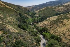 Roadway in California Hills Valley Royalty Free Stock Photography